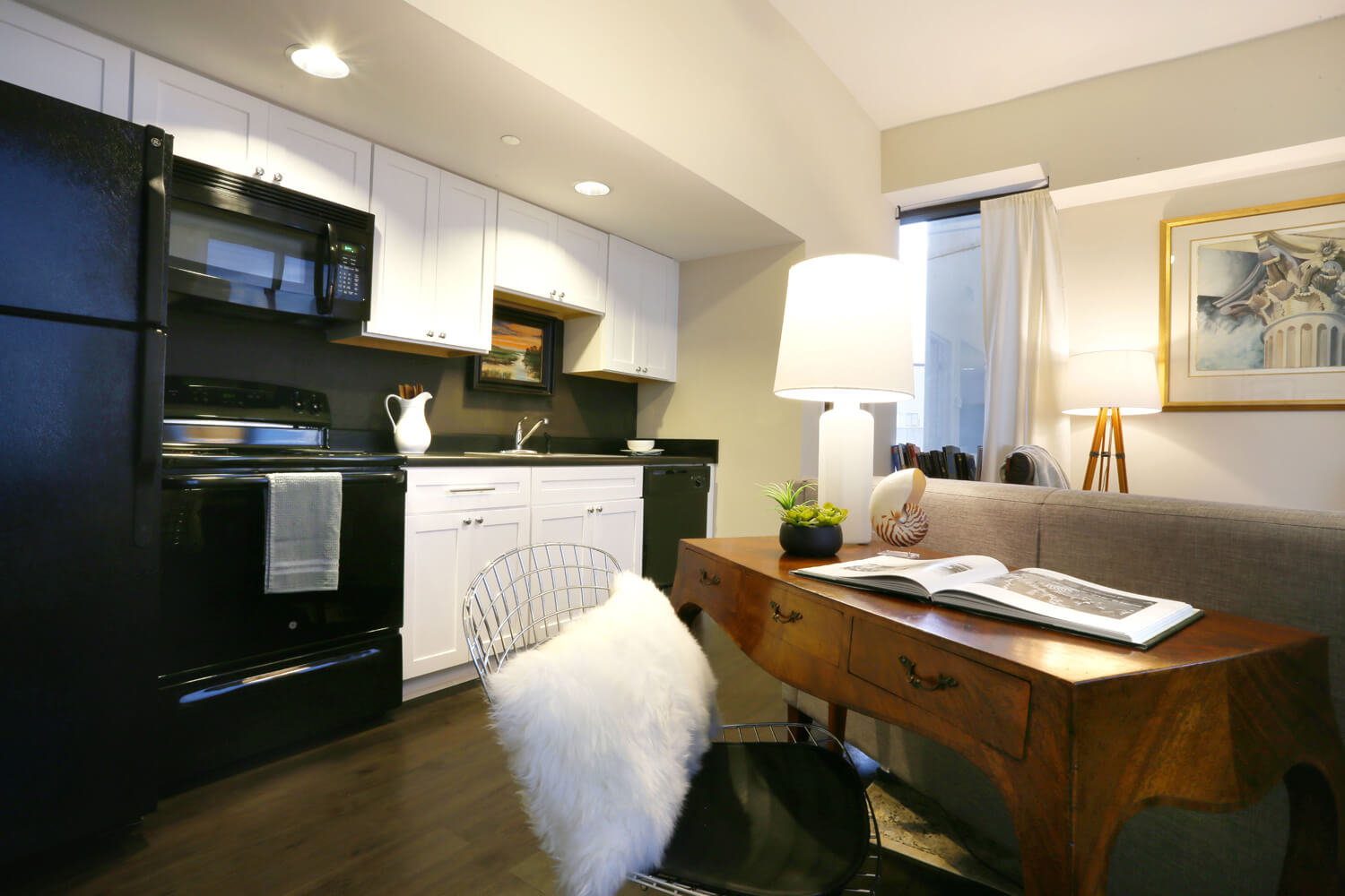 The 40 Four Building Designed by Foshee Architecture – Apartment Kitchen
