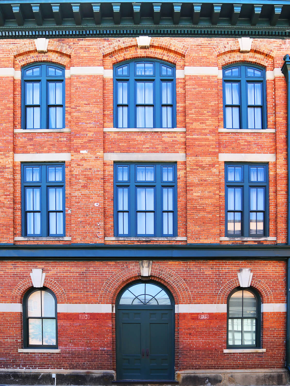 Printing Press Lofts Designed by Foshee Architecture – New Exterior Windows